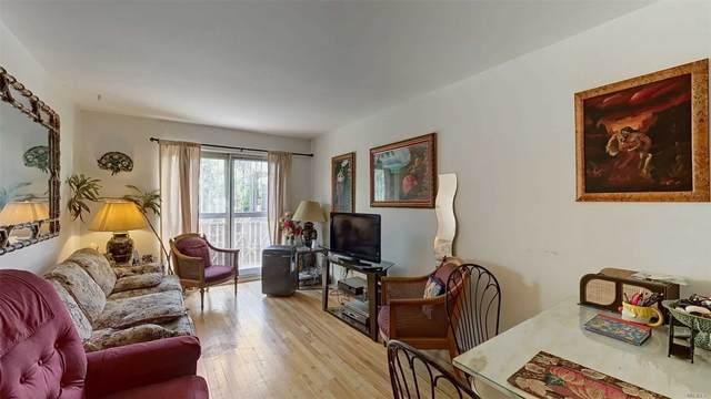 59-41 Menahan, Ridgewood, NY 11385 (MLS #3218239) :: Signature Premier Properties