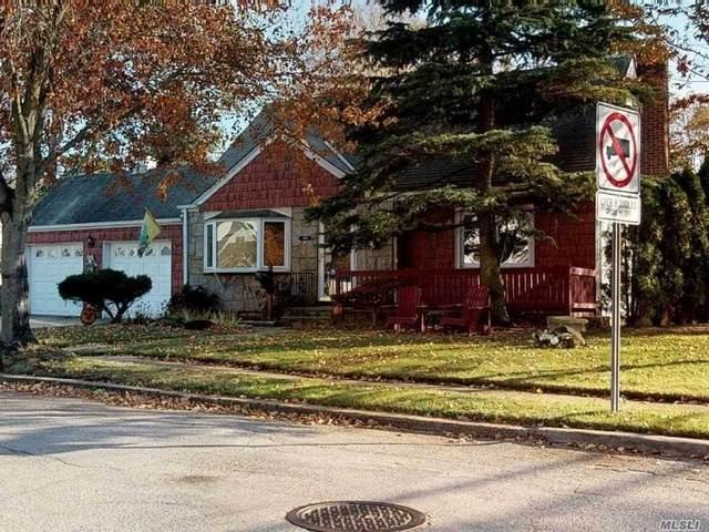 2000 Brian Dr, Merrick, NY 11566 (MLS #3218300) :: Signature Premier Properties