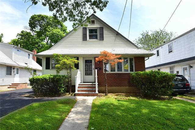 100 S 11th Street, New Hyde Park, NY 11040 (MLS #3218310) :: Signature Premier Properties
