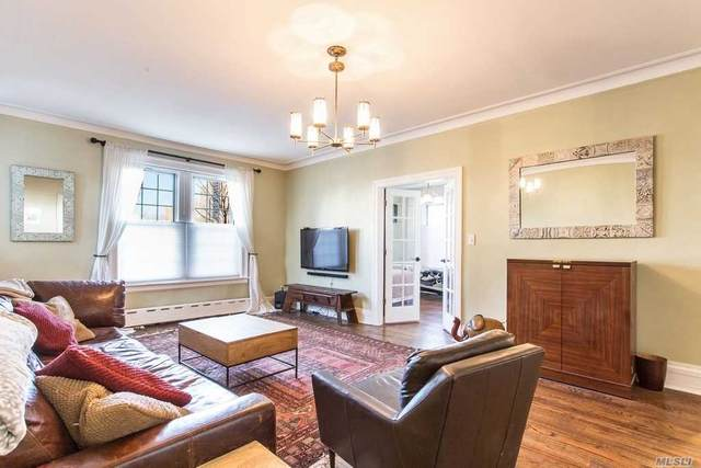 6 Burns Street #17, Forest Hills, NY 11375 (MLS #3218312) :: Signature Premier Properties