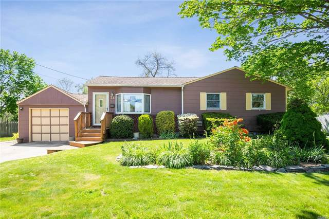 72 Applegate Drive, Central Islip, NY 11722 (MLS #3218313) :: Signature Premier Properties