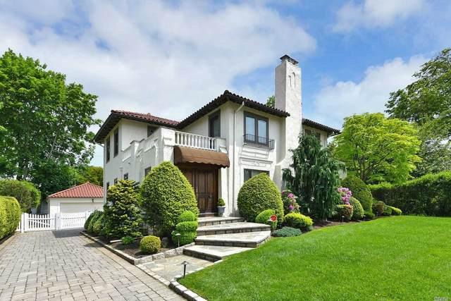 79 Brixton Rd, Garden City, NY 11530 (MLS #3218425) :: Cronin & Company Real Estate
