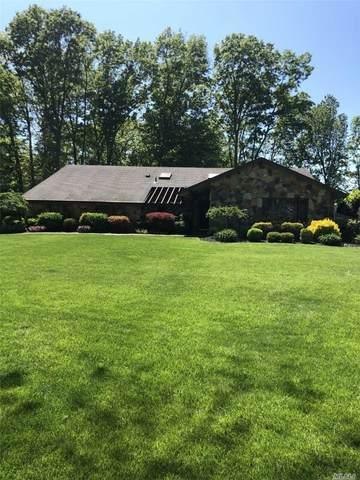 10 Canterbury Drive, Hauppauge, NY 11788 (MLS #3218431) :: Cronin & Company Real Estate