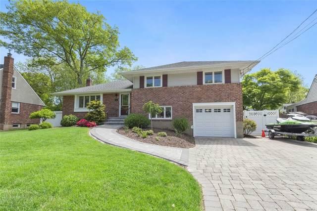 11 Grover Ln, E. Northport, NY 11731 (MLS #3218493) :: Mark Boyland Real Estate Team