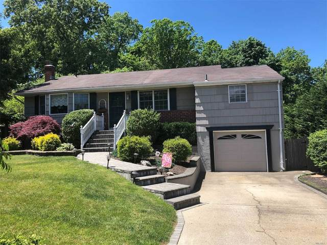 20 Balsam Lane, Commack, NY 11725 (MLS #3218940) :: William Raveis Legends Realty Group