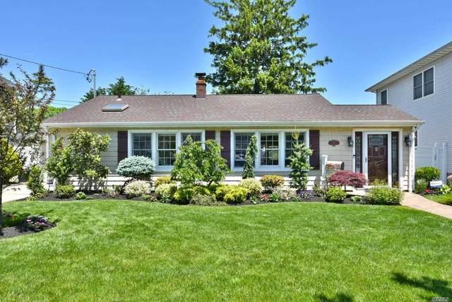 165 Fulton Street, Massapequa Park, NY 11762 (MLS #3219003) :: Signature Premier Properties