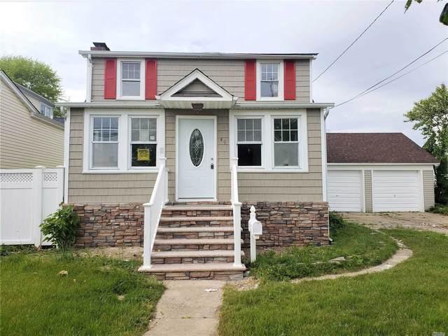 49 Lee Ave, Babylon, NY 11702 (MLS #3219228) :: Signature Premier Properties