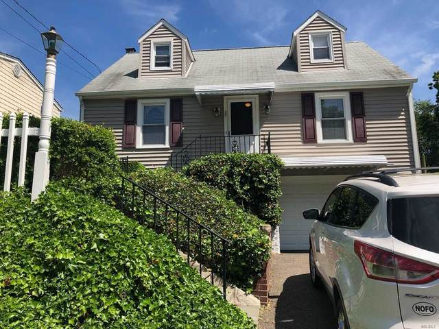 25 Grace St, Oyster Bay, NY 11771 (MLS #3219246) :: Signature Premier Properties