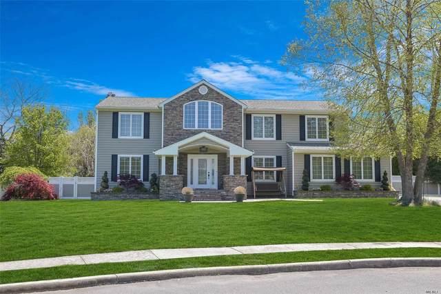 9 Bridle Court, Holbrook, NY 11741 (MLS #3219278) :: Signature Premier Properties