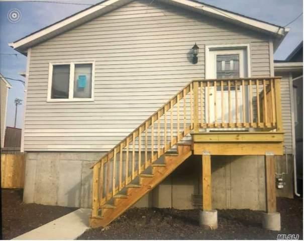 838 Arctic Street, Lindenhurst, NY 11757 (MLS #3219502) :: Mark Boyland Real Estate Team