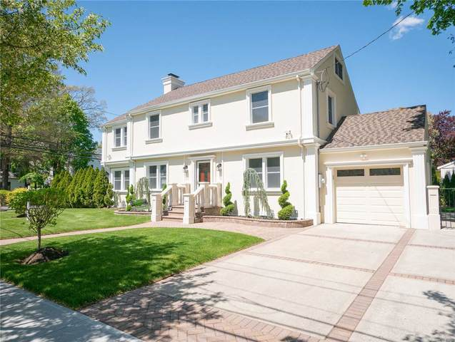 94 Home St, Malverne, NY 11565 (MLS #3219696) :: Mark Boyland Real Estate Team