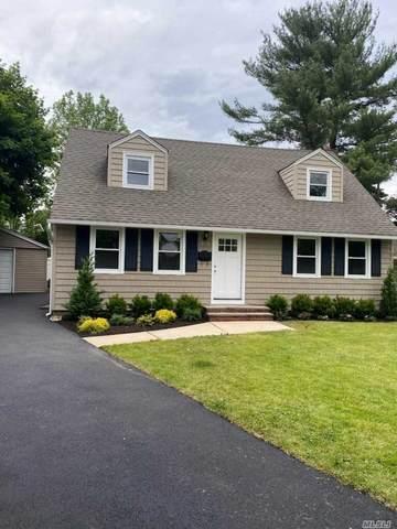 106 Susan Cv, East Norwich, NY 11732 (MLS #3220046) :: Mark Boyland Real Estate Team