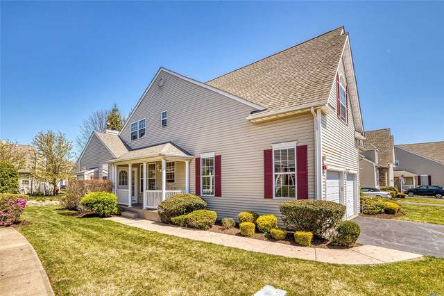 84 Meadow Pond Circle, Miller Place, NY 11764 (MLS #3220237) :: Marciano Team at Keller Williams NY Realty