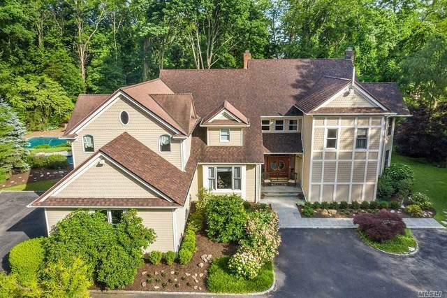 4 Toboggan Hill, Cold Spring Hrbr, NY 11724 (MLS #3223787) :: Keller Williams Points North - Team Galligan