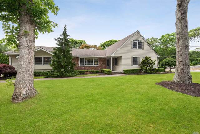 1 Birchwood Drive, Great River, NY 11739 (MLS #3225070) :: Frank Schiavone with William Raveis Real Estate