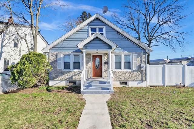 18 Robinwood Ave, Hempstead, NY 11550 (MLS #3227526) :: Kevin Kalyan Realty, Inc.
