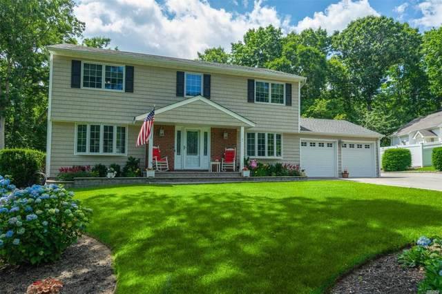 7 Sheryl Cres, Smithtown, NY 11787 (MLS #3228109) :: Keller Williams Points North - Team Galligan