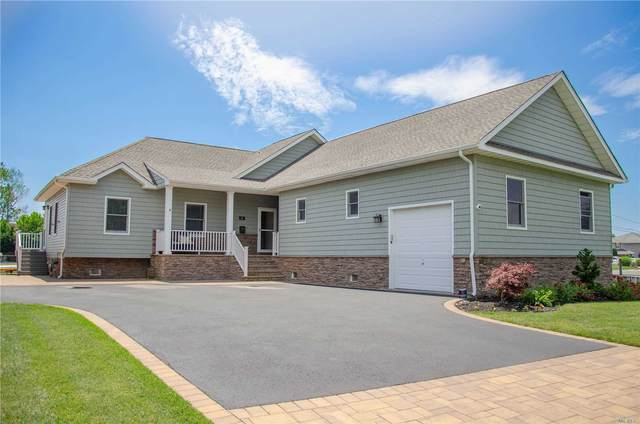 50 Skipper Dr, West Islip, NY 11795 (MLS #3228335) :: Keller Williams Points North - Team Galligan