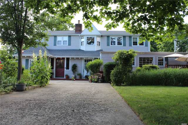 14 Michalis Ct, West Islip, NY 11795 (MLS #3228579) :: Keller Williams Points North - Team Galligan