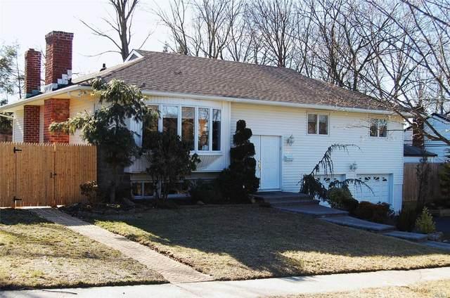 22 Briarwood Lane, Plainview, NY 11803 (MLS #3228594) :: Keller Williams Points North - Team Galligan