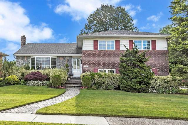 298 Brompton Rd, Garden City S., NY 11530 (MLS #3228621) :: Mark Boyland Real Estate Team