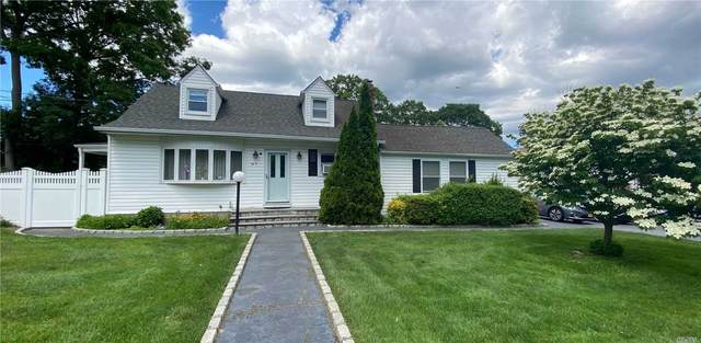 97 Woodlawn Avenue, Ronkonkoma, NY 11779 (MLS #3229425) :: Kendall Group Real Estate | Keller Williams