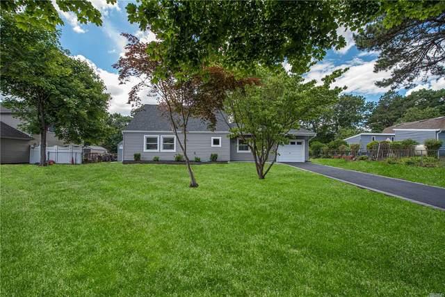 46 Pitchpine Pl, Medford, NY 11763 (MLS #3229494) :: Signature Premier Properties