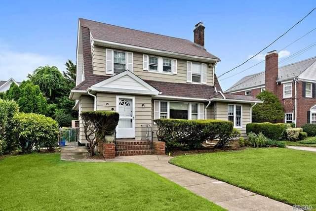 359 Raymond St, Rockville Centre, NY 11570 (MLS #3229828) :: Signature Premier Properties