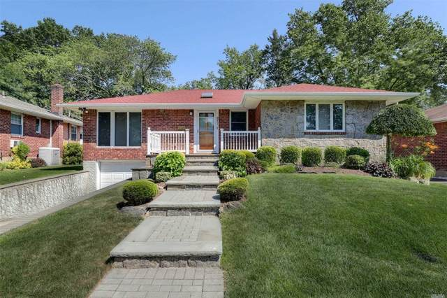 217 Willets Ln, Jericho, NY 11753 (MLS #3229884) :: Shalini Schetty Team