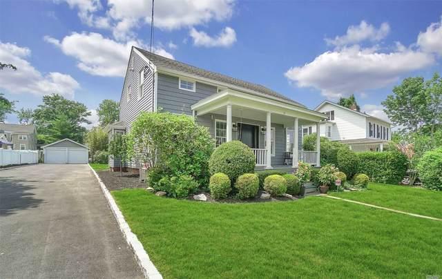 77 Green Street, Huntington, NY 11743 (MLS #3229913) :: RE/MAX Edge