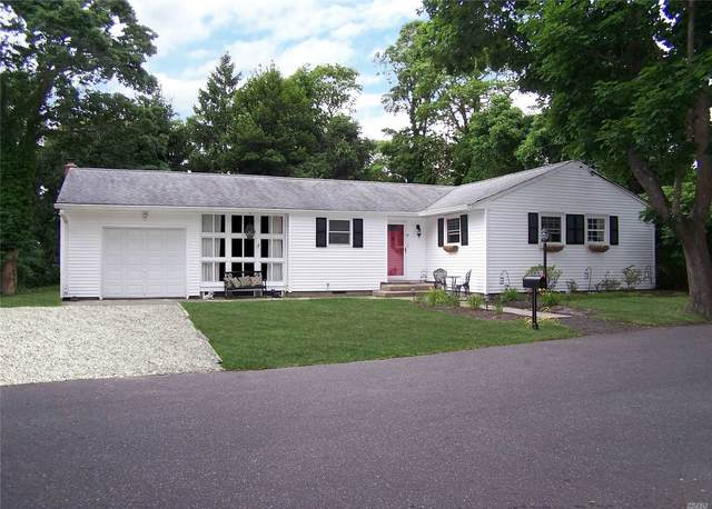10 Milan Street, E. Patchogue, NY 11772 (MLS #3230002) :: RE/MAX Edge
