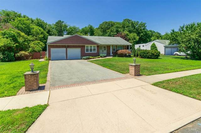 53 Steven Pl, Smithtown, NY 11787 (MLS #3230077) :: Signature Premier Properties