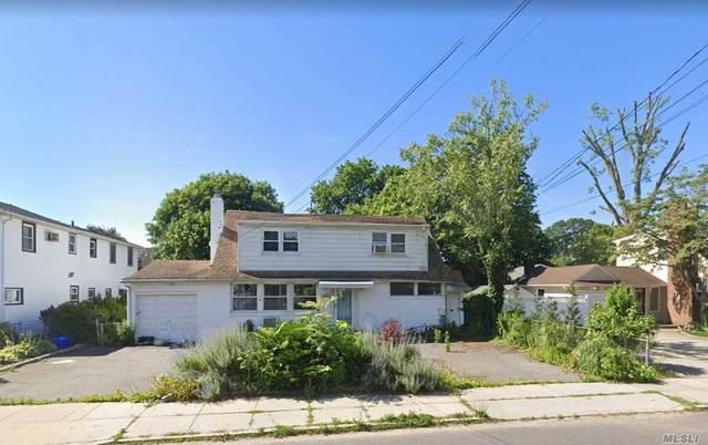 374 Foxhurst Road, Oceanside, NY 11572 (MLS #3230409) :: Kevin Kalyan Realty, Inc.