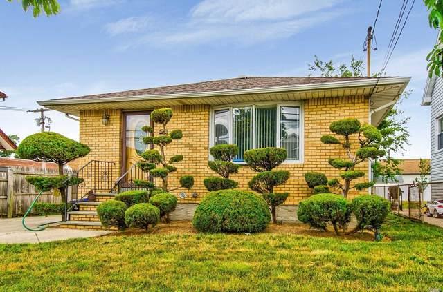 155 E Mineola Ave, Valley Stream, NY 11580 (MLS #3230856) :: Mark Boyland Real Estate Team