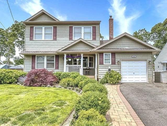 121 Cockonoe Ave, Babylon, NY 11702 (MLS #3230878) :: Signature Premier Properties