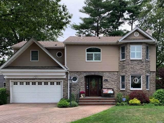 218 Roxbury Road, Garden City, NY 11530 (MLS #3230908) :: Signature Premier Properties