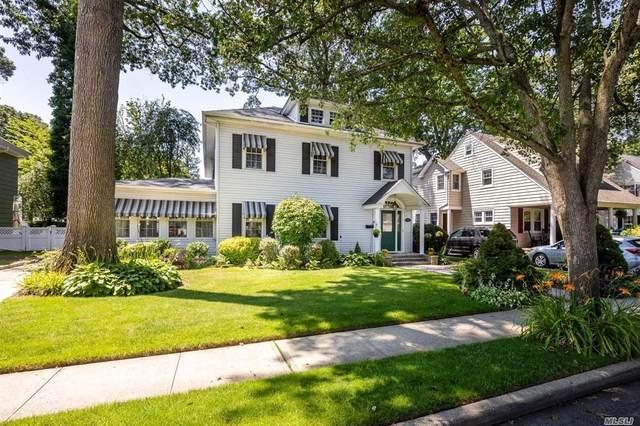 20 Wachusetts Street, Rockville Centre, NY 11570 (MLS #3230910) :: Signature Premier Properties