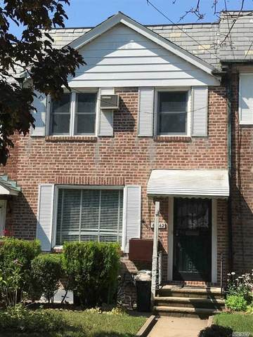 60-42 83rd Place, Middle Village, NY 11379 (MLS #3231055) :: Signature Premier Properties