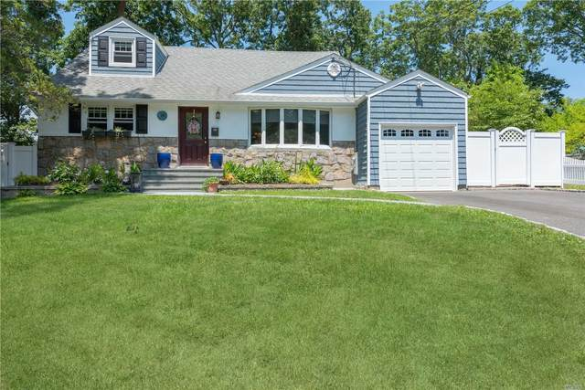 13 Shelley Place, Huntington Sta, NY 11746 (MLS #3231367) :: Signature Premier Properties