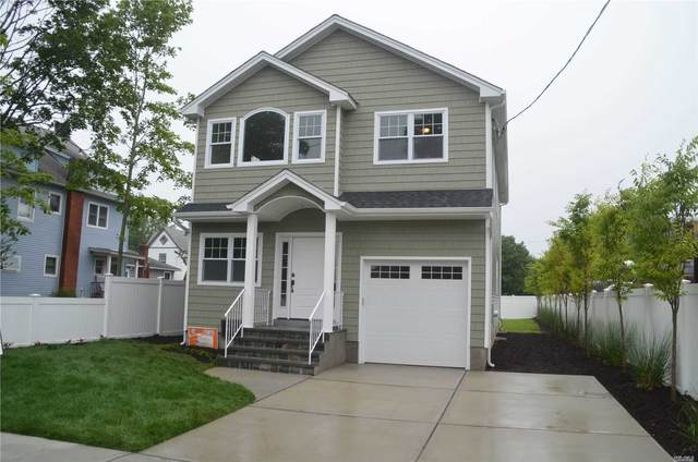 805 Church Street, Baldwin, NY 11510 (MLS #3231823) :: Shalini Schetty Team
