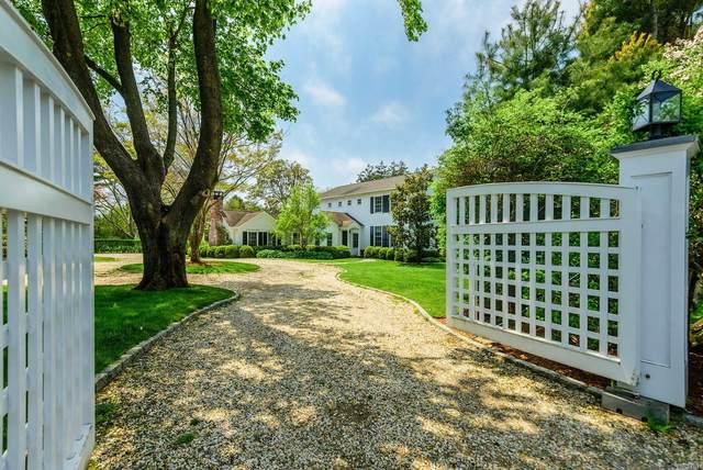 818 Hill St, Southampton, NY 11968 (MLS #3231883) :: Mark Boyland Real Estate Team