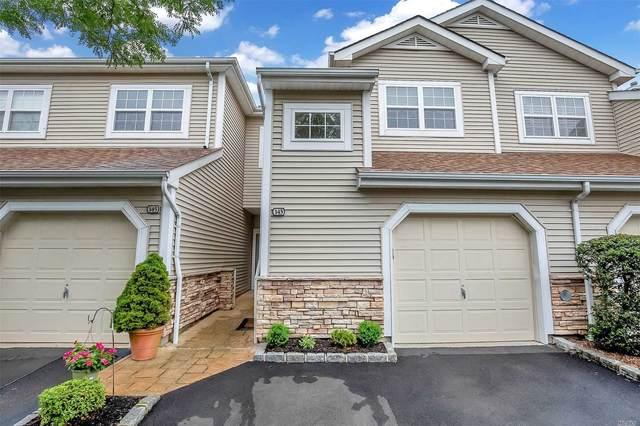 143 Carriage Lane, Plainview, NY 11803 (MLS #3234336) :: Mark Seiden Real Estate Team