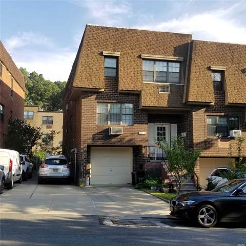 240-34 69 Avenue, Douglaston, NY 11362 (MLS #3238697) :: Mark Seiden Real Estate Team