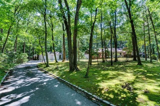 6 Horseshoe Path, Lloyd Harbor, NY 11743 (MLS #3239942) :: Shalini Schetty Team