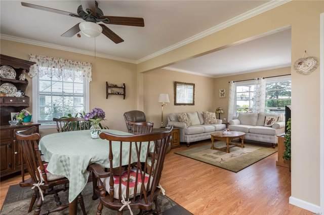 19 Halter Lane, Levittown, NY 11756 (MLS #3240033) :: Frank Schiavone with William Raveis Real Estate