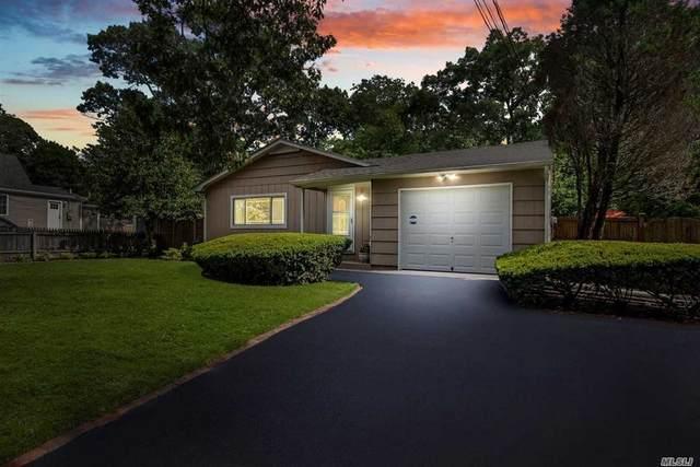 52 Montauk Street, Selden, NY 11784 (MLS #3240073) :: Frank Schiavone with William Raveis Real Estate