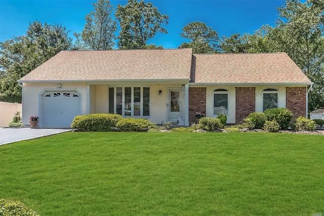 8 Barrett Court, Nesconset, NY 11767 (MLS #3240074) :: Frank Schiavone with William Raveis Real Estate