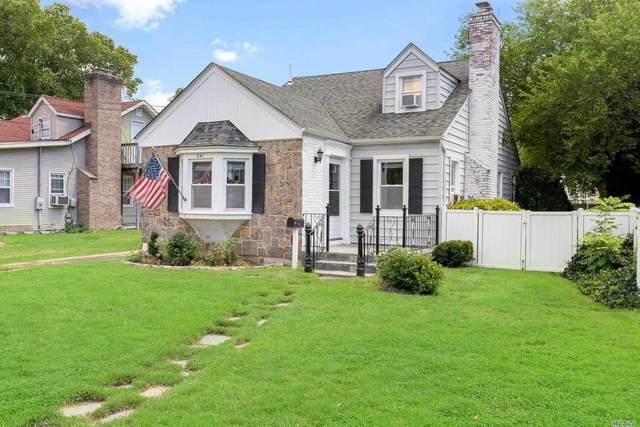 241 Ocean Avenue Ave, E. Rockaway, NY 11518 (MLS #3240092) :: Frank Schiavone with William Raveis Real Estate