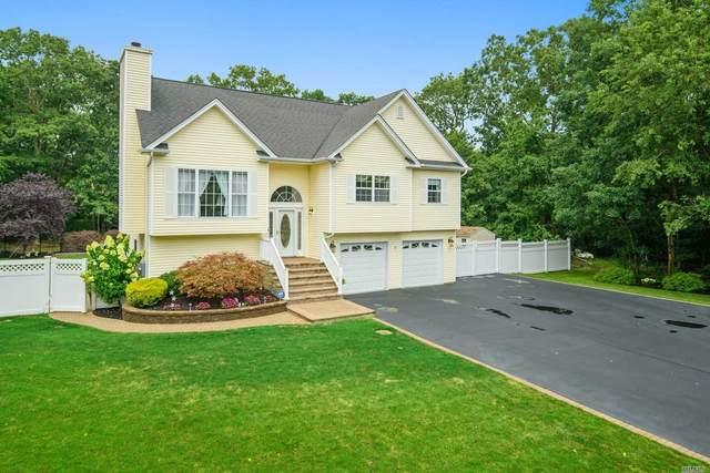 32 James Hawkins Road, Moriches, NY 11955 (MLS #3240296) :: Mark Seiden Real Estate Team