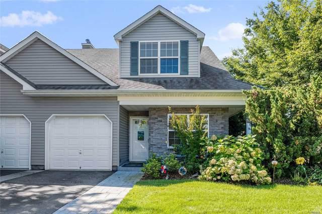 112 Maya Circle, Central Islip, NY 11722 (MLS #3240476) :: Mark Seiden Real Estate Team
